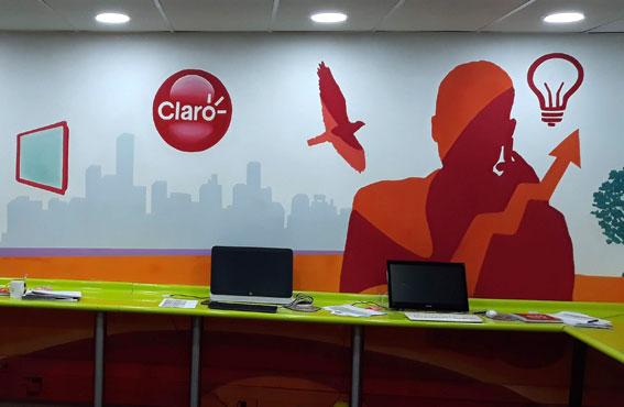 Mural Call Center Claro