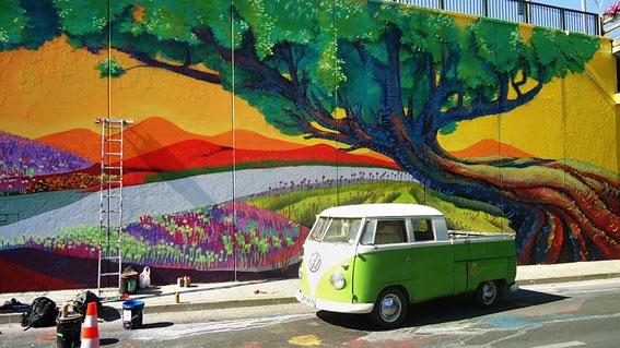 Mural Paso Bajo Nivel kode+walton+liwi